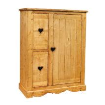 Három ajtós szekrény